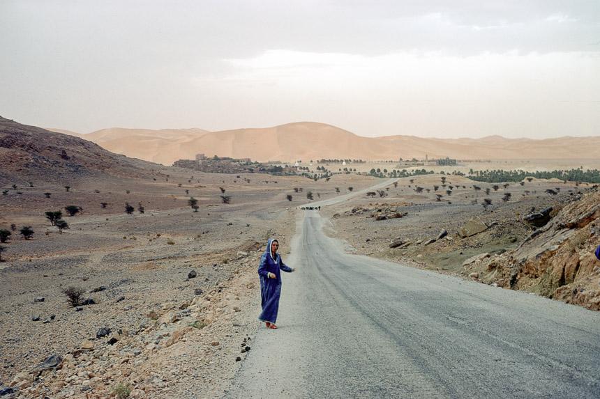 Froukje entering Algeria